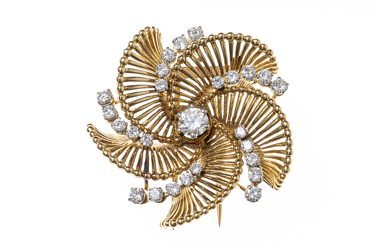 Vintage gold and diamond brooch